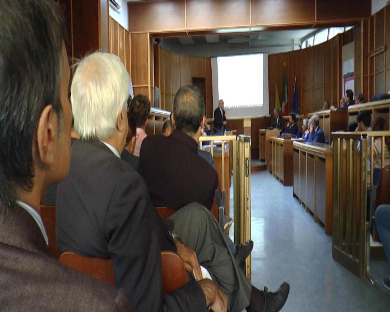 Tributi e abusivismo, task force dei Comuni con l'aiuto dell'Ordine dei Commercialisti. Video