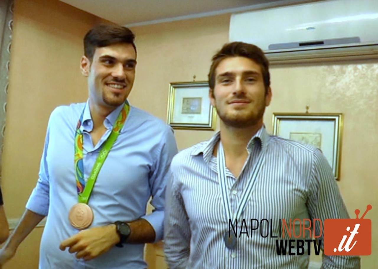 Olimpiadi, il grande cuore dei fratelli Vicino di Giugliano dopo la medaglia olimpica: aiutiamo nostro padre che non percepisce lo stipendio. Video