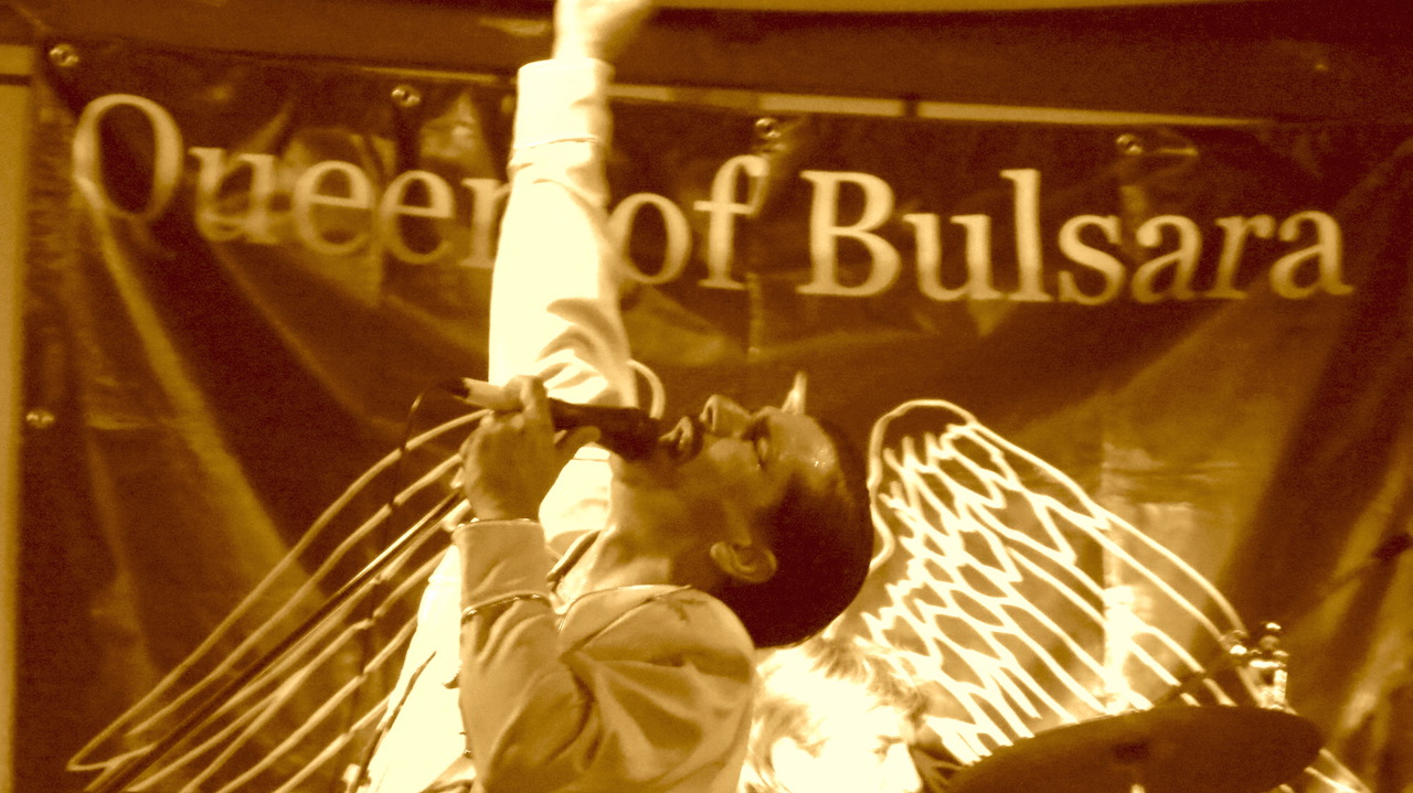 'Queen of Bulsara', la tribute band che da Napoli gira l'Italia nel segno dei Queen. Video