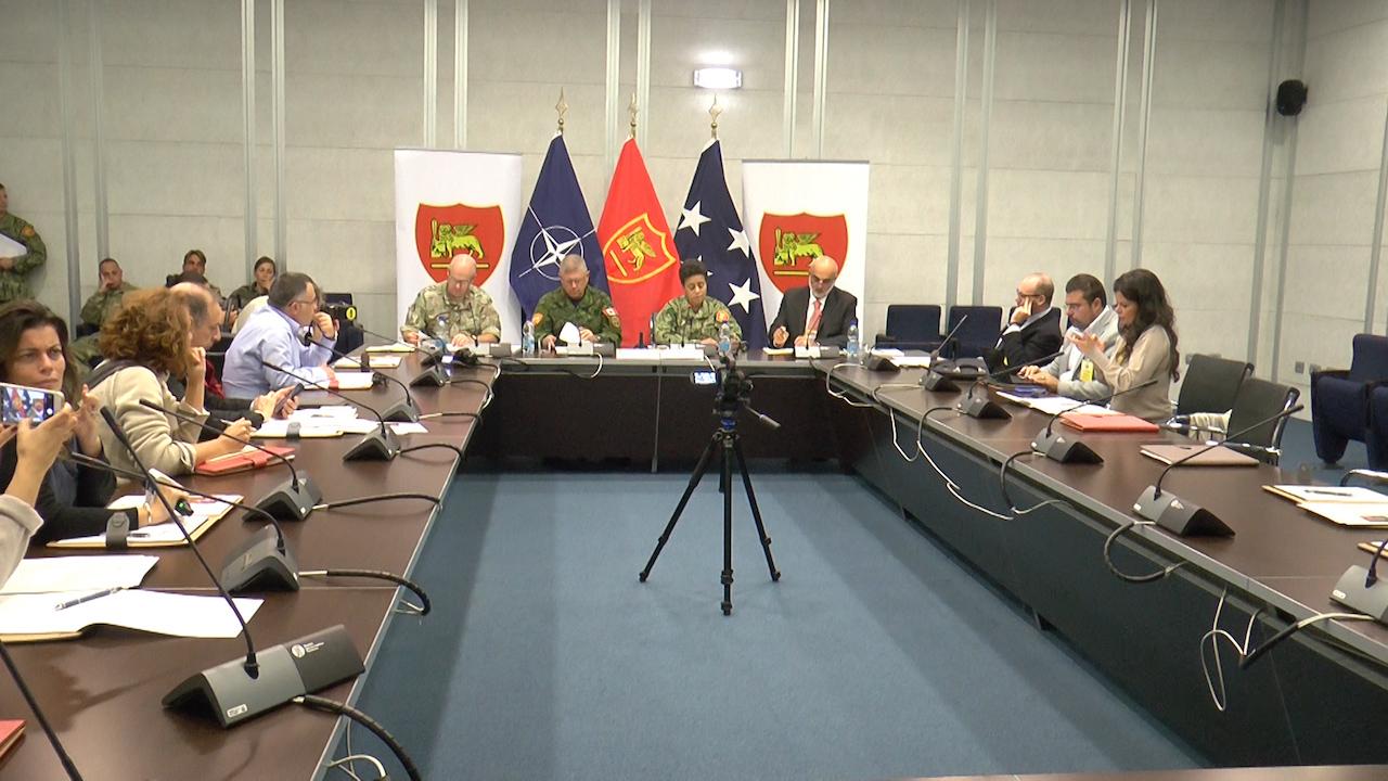 Bunker sotterraneo, la Base Nato JFC Naples di Lago Patria apre le porte dell'area 'rossa'. Video