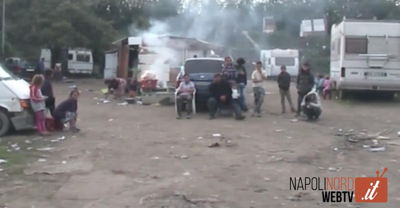 'Vita da rom', viaggio nel campo alla periferia di Giugliano. Video