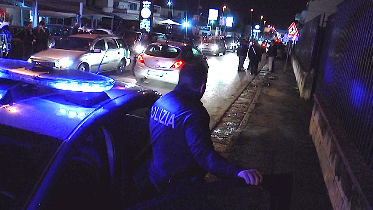 Sventa una rapina a Sant'Antimo, agente del Commissariato di polizia di Giugliano ferito dai banditi. Video