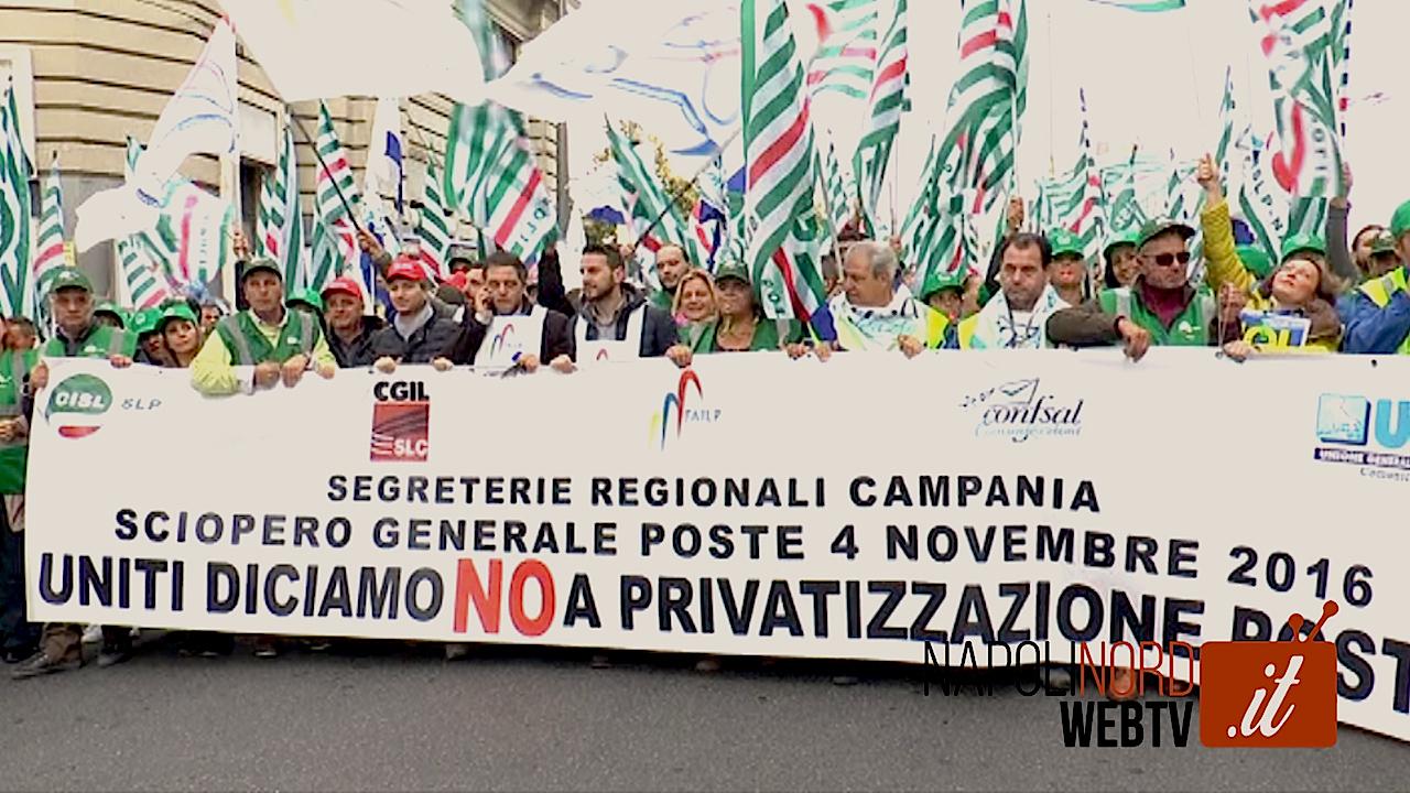 Poste Italiane, dipendenti e sindacati in piazza per dire 'no alla privatizzazione dell'azienda'. Video