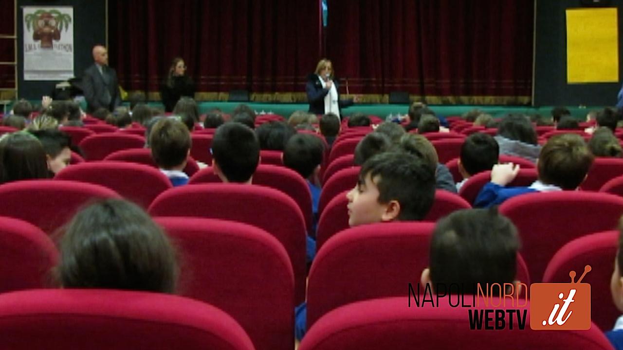 Al Primo Circolo Didattico di Giugliano lo spettacolo Telethon della scuola Media Cante. Video