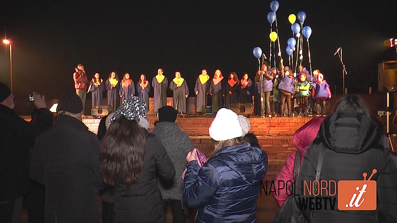 A Licola il concerto Gospel e i palloncini lanciati dai bimbi dell'associazione 'Il Germoglio' per il rilancio della zona. Video