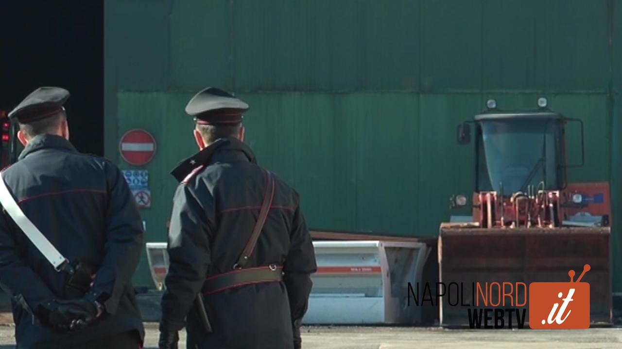 Dramma al Cdr di Giugliano, operaio schiacciato da un macchinario: è in fin di vita, indagano i carabinieri. Video