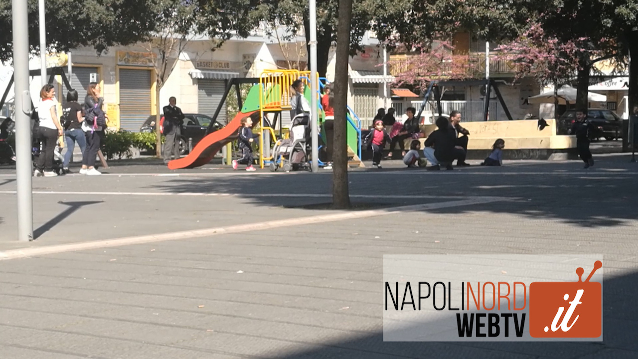 """Bullismo e aggressioni in piazza, nuovo caso al centro storico. Le mamme: """"Denunciare gli aggressori"""". Video"""