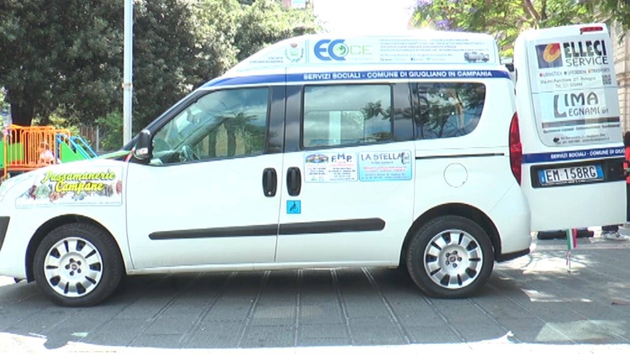 Giugliano, donato un furgone per il trasporto dei diversamente abili al Comune. Video