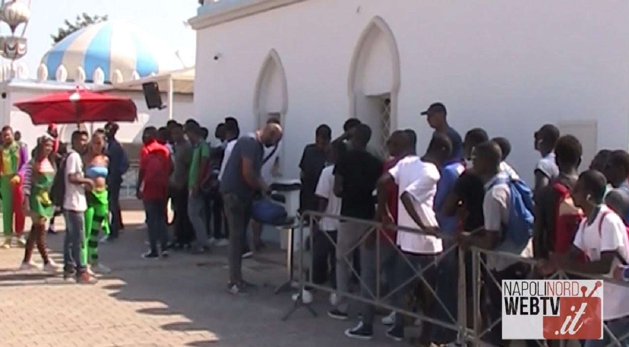Solidarietà ed accoglienza, il Pareo Park di Licola ospita 100 ragazzini migranti. Video