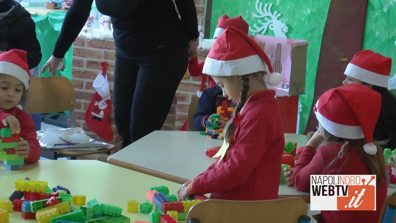 Al Quinto Circolo Didattico di Giugliano si festeggia il Natale con il villaggio e i mercatini dei bambini. Video