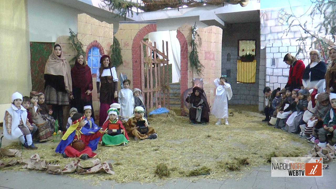 Natale, all'istituto comprensivo Capasso-Mazzini di Frattamaggiore il presepe che sembra un film. Video