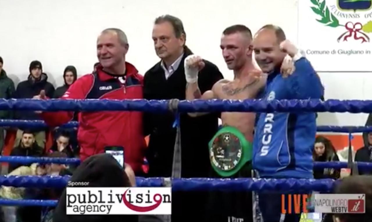 Pugilato, Tommaso Melito di Giugliano è il nuovo campione nazionale dei pesi Gallo WBC. Battuto lo sfidante Conselmo. IL VIDEO DEL MATCH