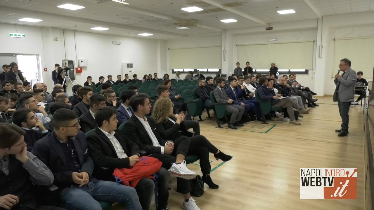 Scuola e lavoro: al Galvani di Giugliano una giornata dedicata all'orientamento, alla formazione e allo studio dell'elettromedicale. Video