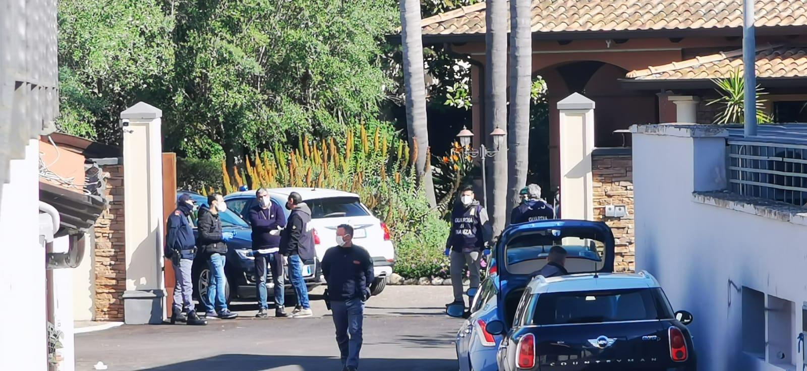 Maxi sequestro di polizia e guardia di finanza al clan Mallardo GUARDA IL VIDEO