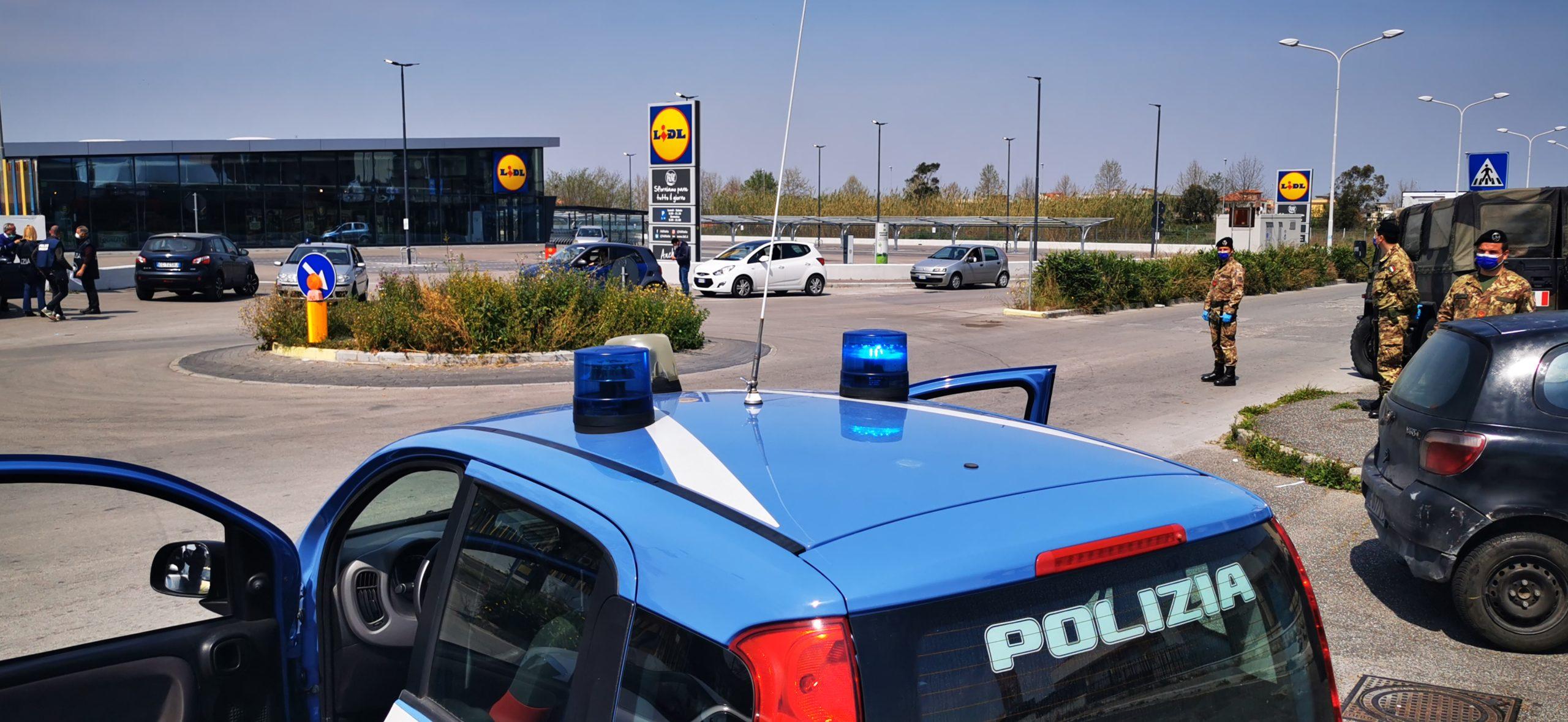 Giugliano, città blindata: in strada polizia, carabinieri, esercito e municipale
