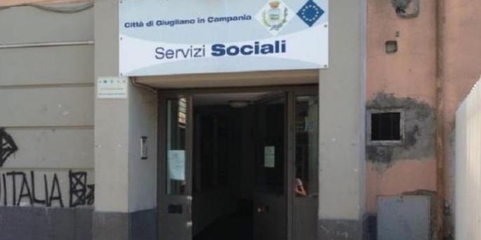 """Buoni spesa a Giugliano, il dirigente Petirro: """"Pronti altri elenchi"""""""