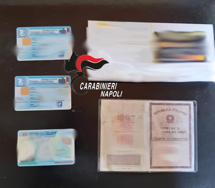 In possesso di documenti falsi, arrestato 32enne
