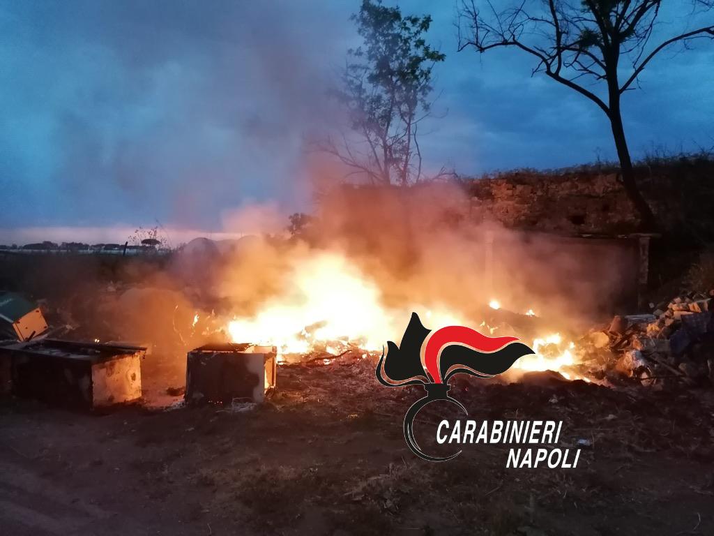 Incendiavano rifiuti, 3 agricoltori denunciati a Varcaturo
