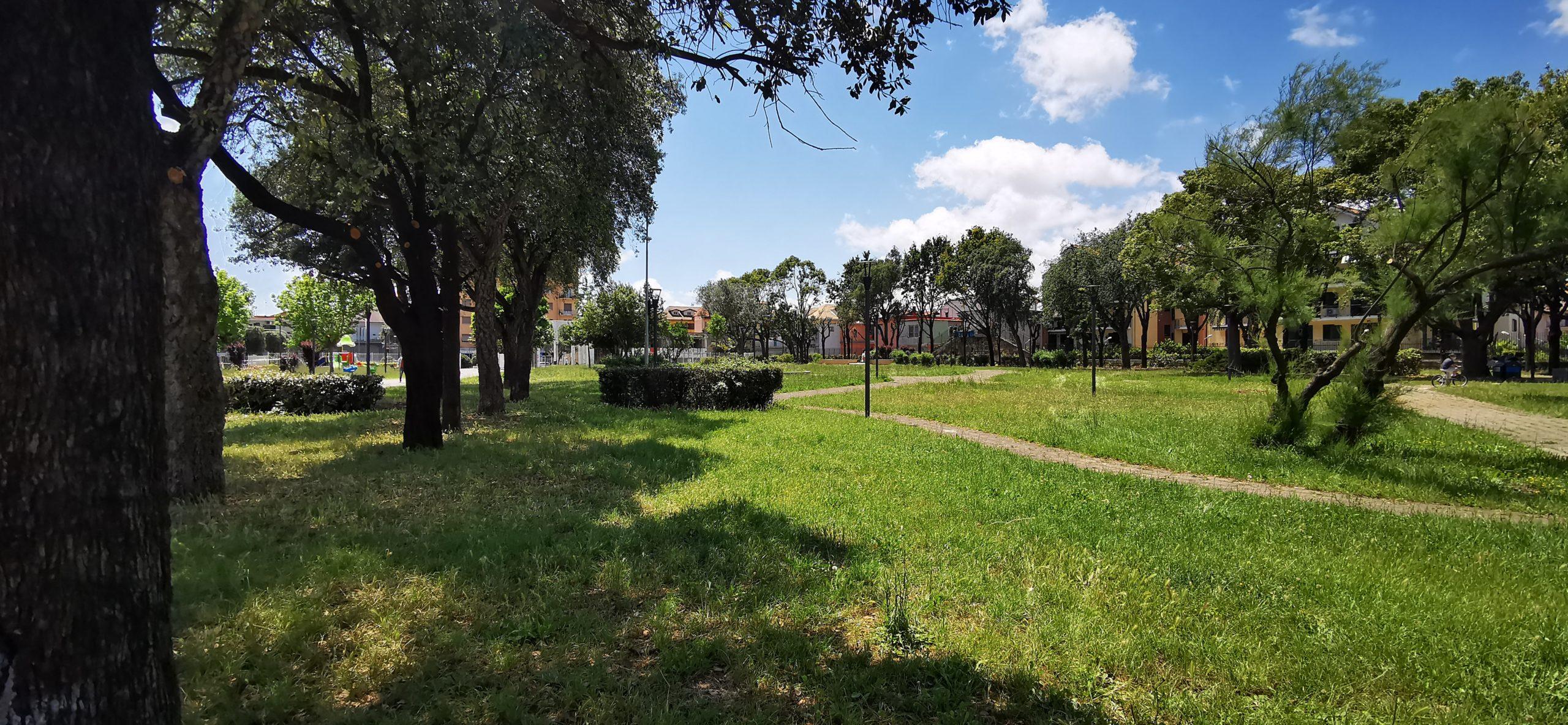 Senza mascherina in villa Comunale a Giugliano, due sanzionati: multa da 300 euro a testa +++VIDEO +++
