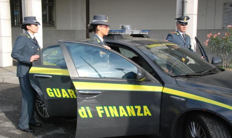 È legato alla Camorra e si intesta beni dello zio morto per un milione di euro, scoperto dalla Finanza