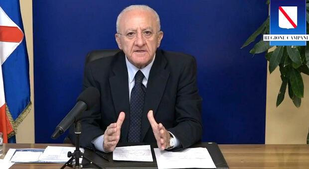 """Covid, conferenza stampa del presidente della Regione Campania De Luca: """"Pronti al lockdown"""" +++ DIRETTA +++"""
