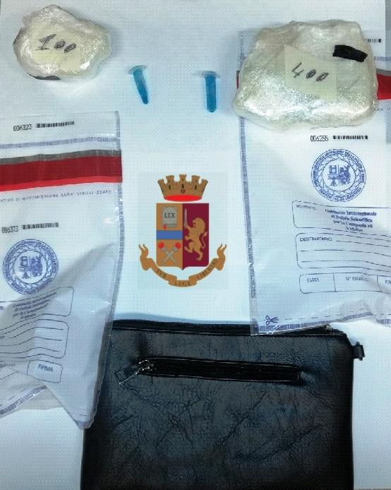 Droga nel borsello, 33enne arrestato dalla polizia di Giugliano