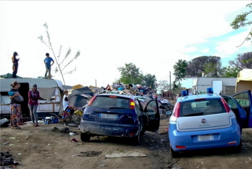 Irreperibile da 12 mesi, 40enne arrestato nel campo rom di Qualiano