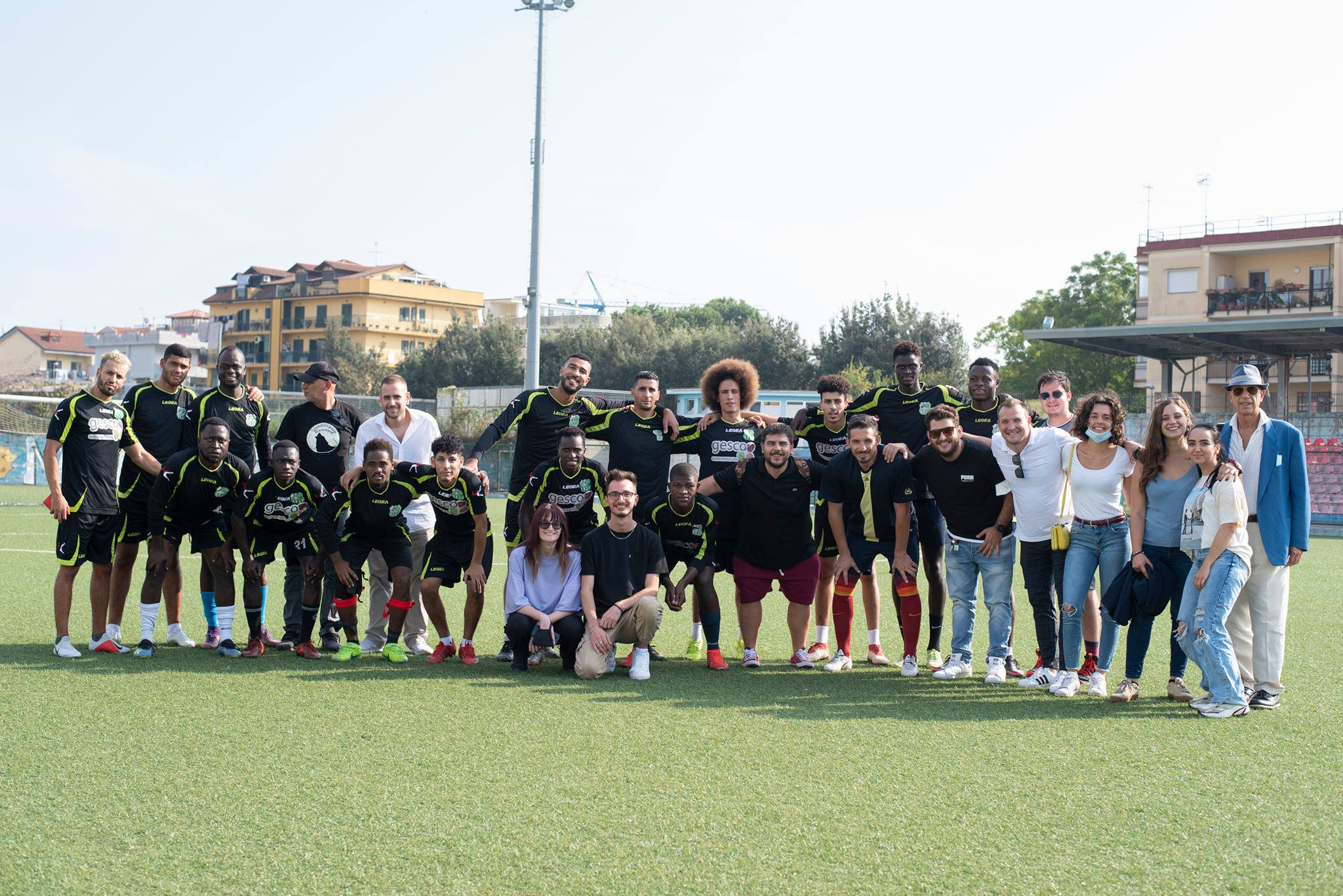 """""""Le buone pratiche per l'inclusione dei migranti attraverso lo sport"""": il Napoli United in campo per la partita dell'inclusione e integrazione"""